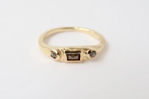 Een Ring met een Koninklijk Karakter