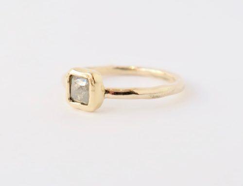Vierkante Fancy Diamond