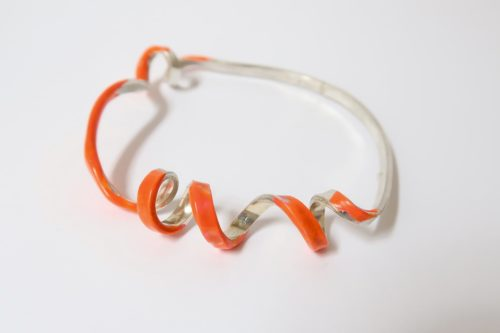 TWISTED smalle armband