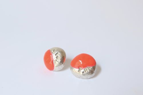 BUTTON oorstekers