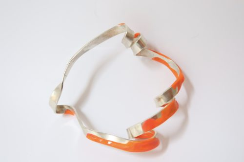TWISTED brede armband