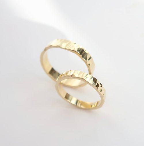 Een set 'SCHITTERENDE' ringen
